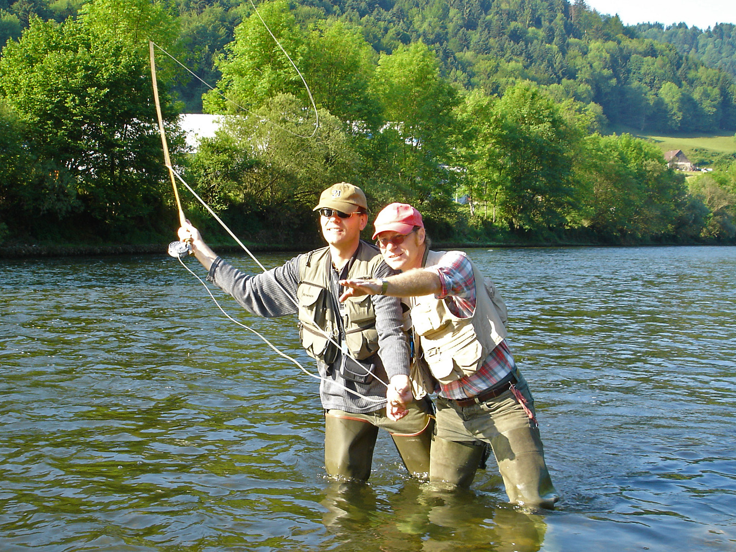 Fly fishing guides switzerland for Fly fishing outfitters